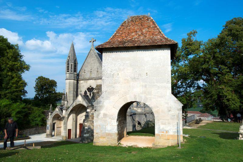 Chapelle castrale de vaucouleurs spectacles jehanne d arc - Restaurant porte de la chapelle ...